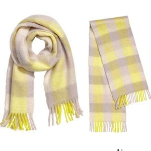H&M yellow chunky scarf